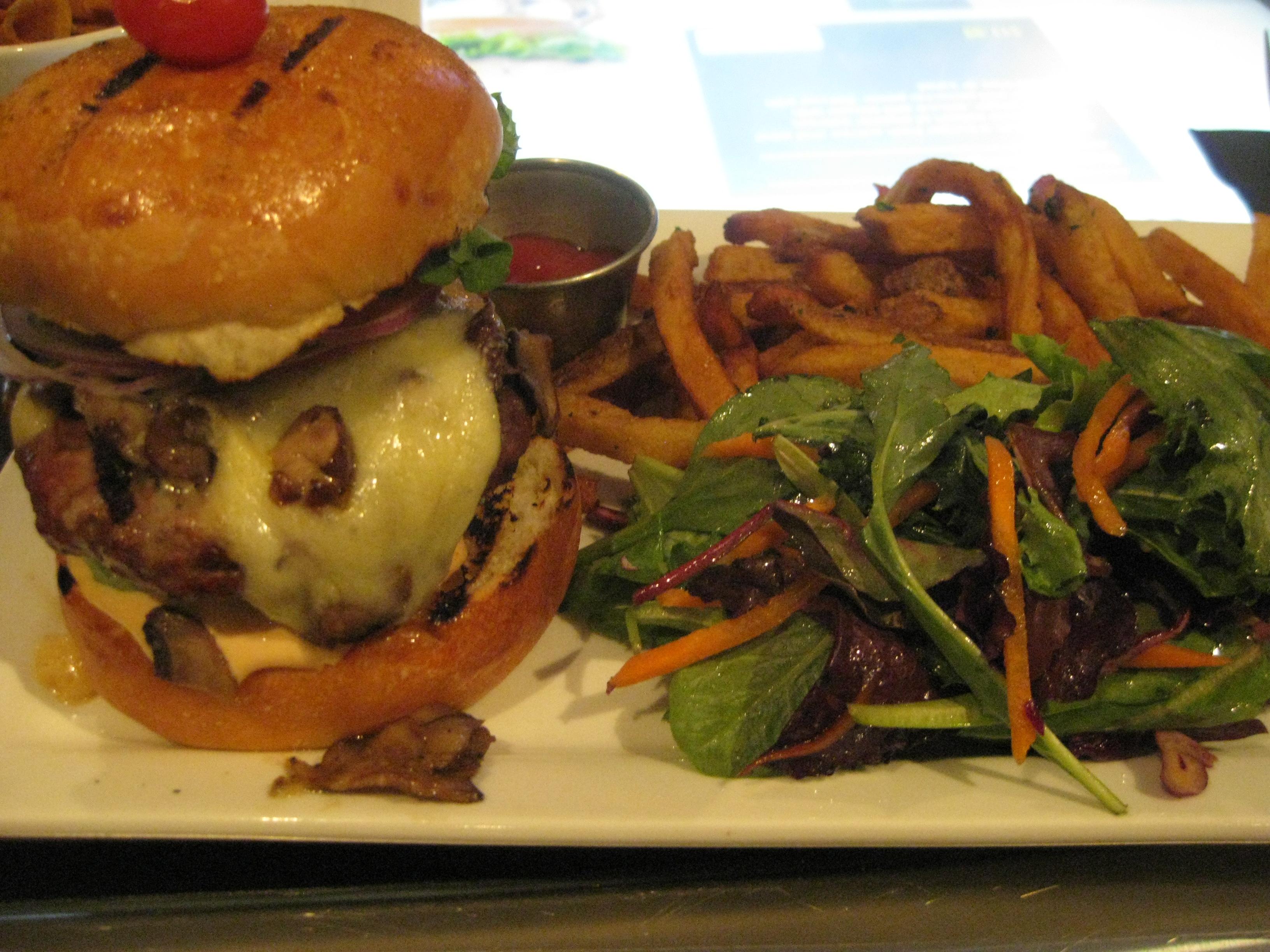 AAA Angus Burger - iBurger