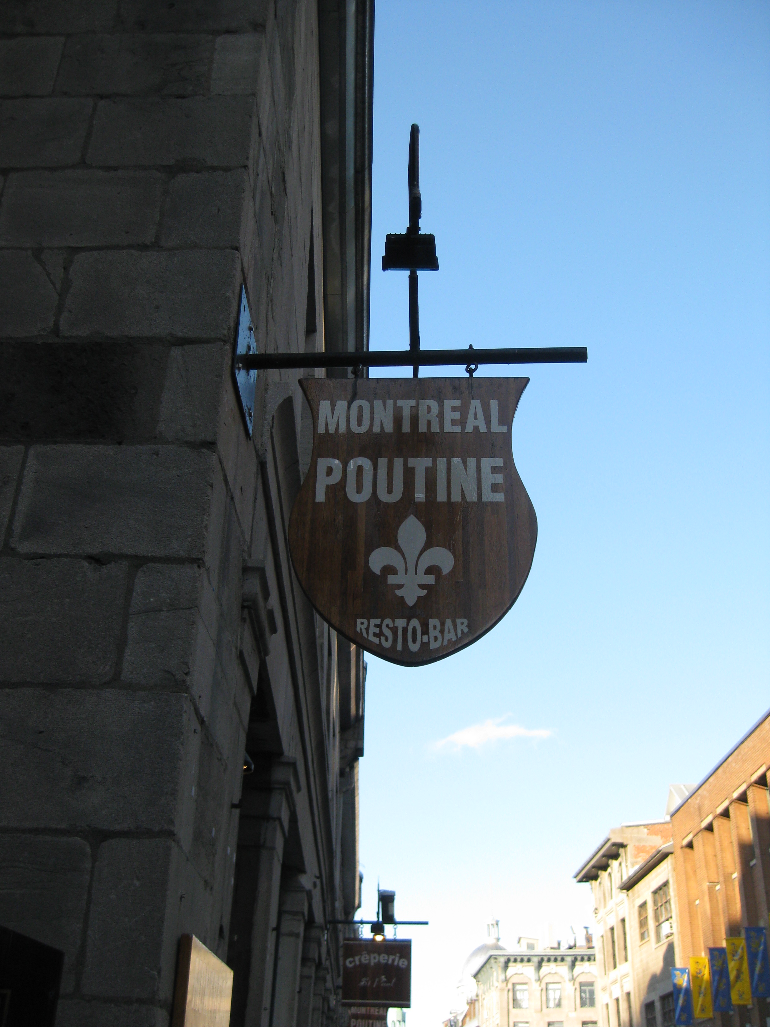 Signage - Montreal Poutine