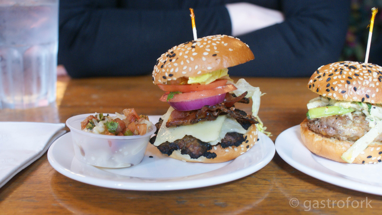yaggers downtown burger