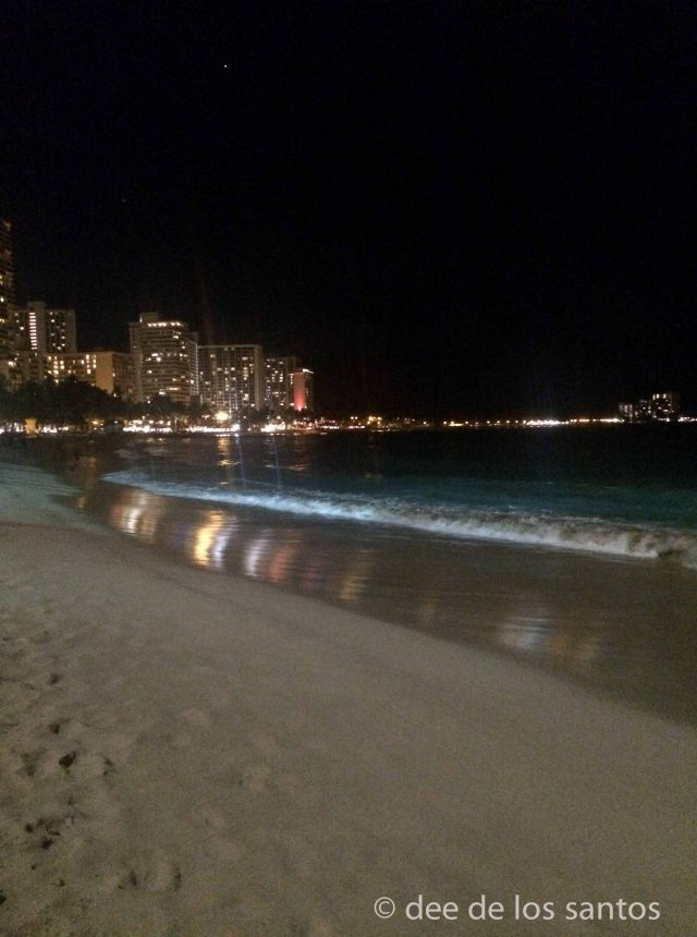 waikiki at night--3-2
