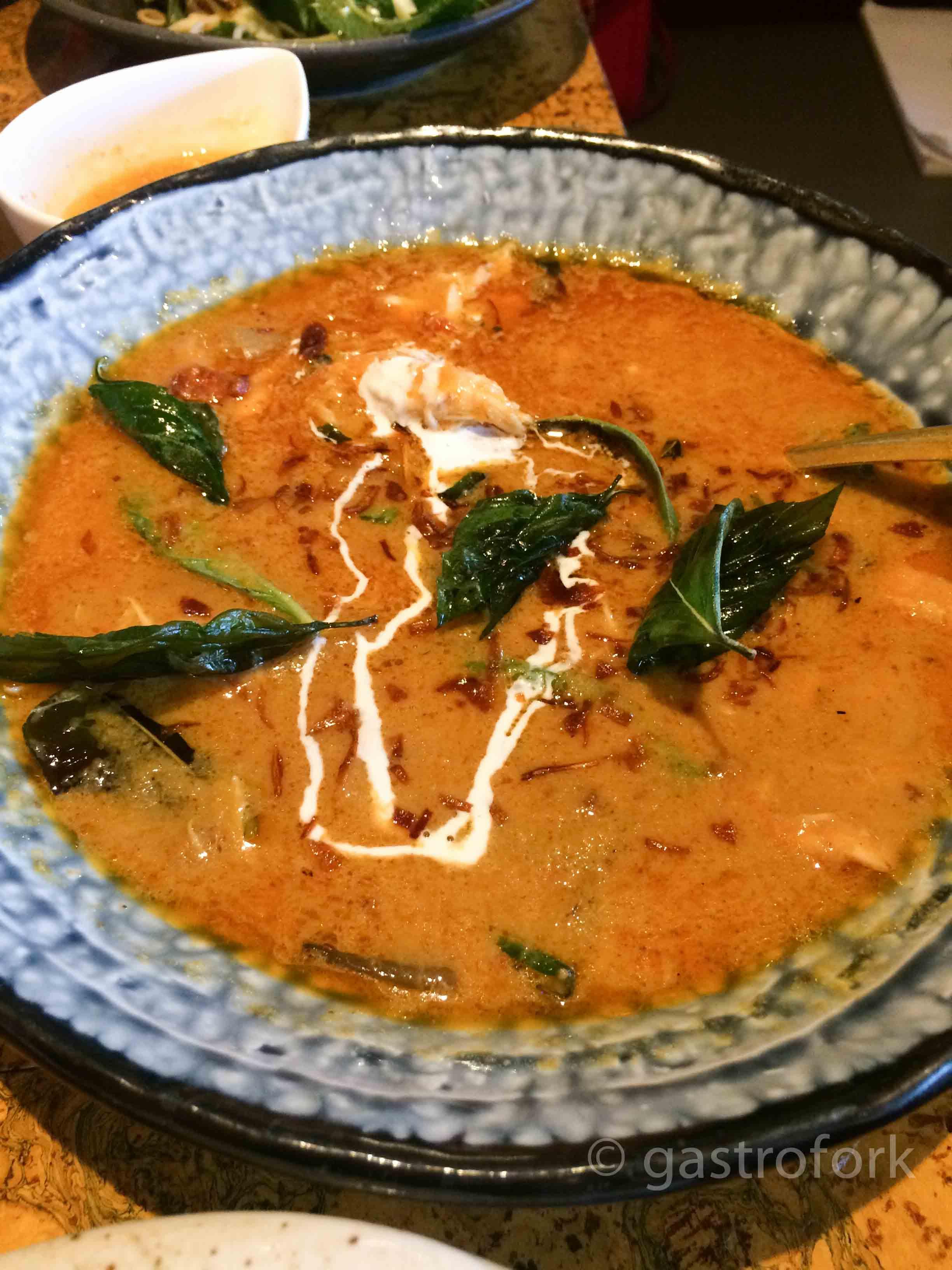 maenam paenang curry