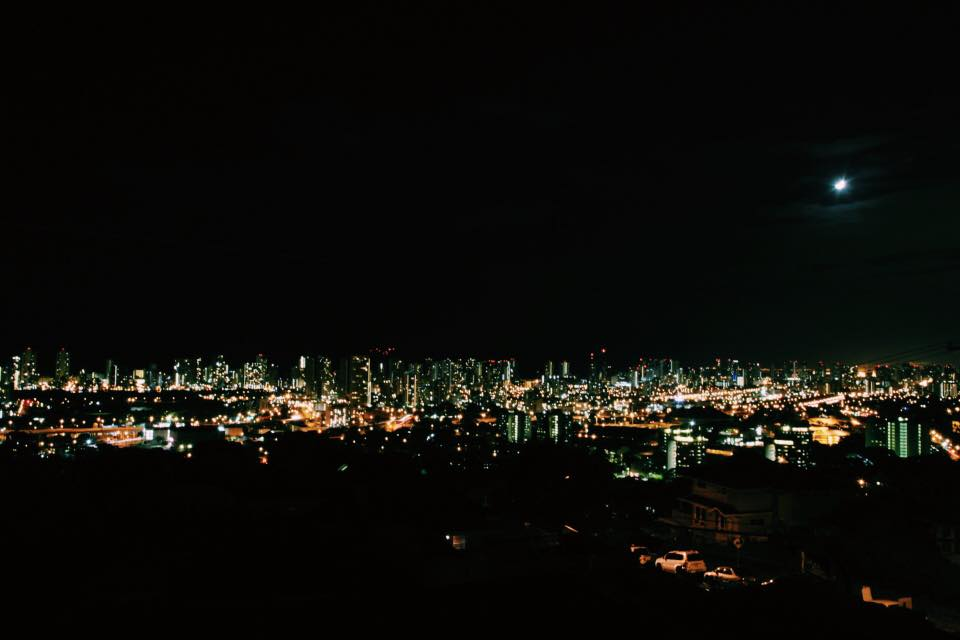 Waikiki at Night, Photo by Nathalie de los Santos