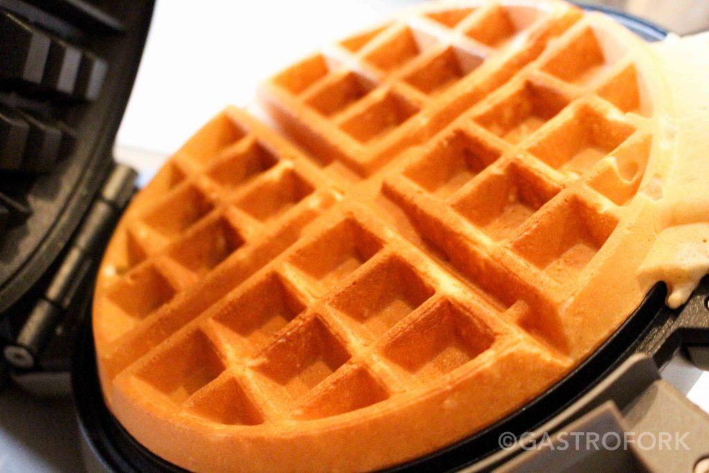 cuisinart vertical waffle maker