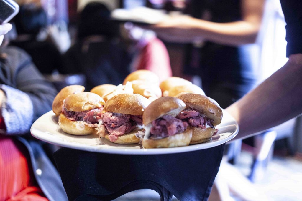 the keg cocktail hour prime rib sliders