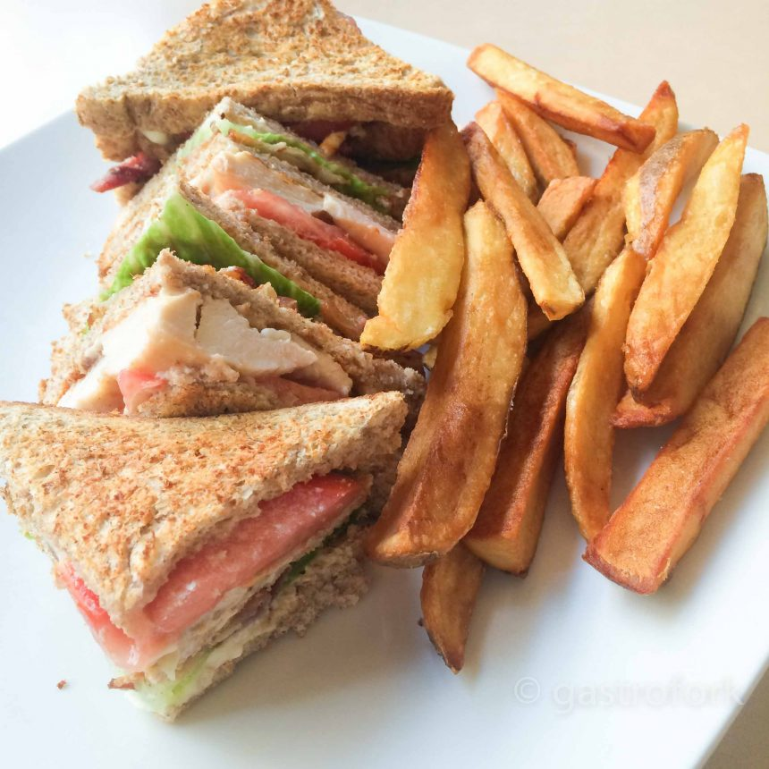 smile diner club house sandwich