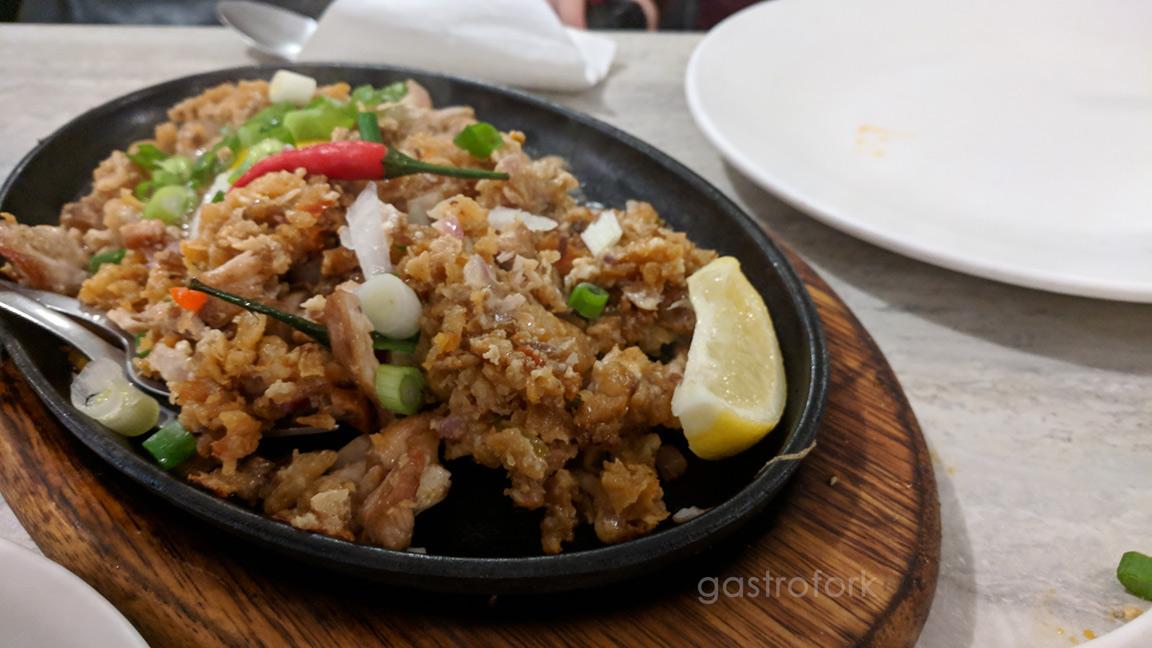 la meza grill chicken chicharon sisig