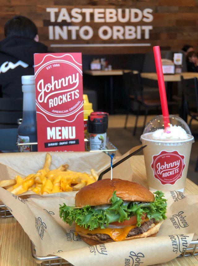 johnny rockets oak street rocket burger