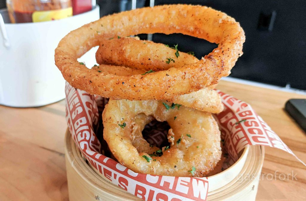 chewies biscuit co onion rings